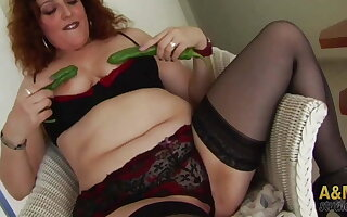This redhead nice chubby girl, is generous in everything!
