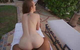 Join sexy Karla Kush by the pool for a gratifying POV fuck