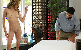 Aiden Ashley has massage beam here her a happy ending