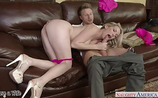 Rather alterable domineer pale nympho Courtney Cummz is pounded on couch